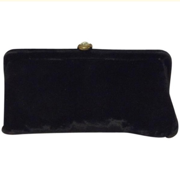 JR U.S.A Handbags - JR Vintage Black Velvet Clutch